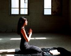 Se concentrer, calmer les pensées négatives, aussi simple que la méditation